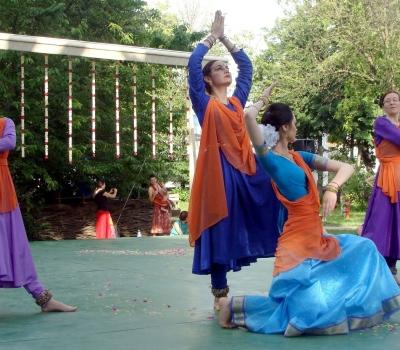 """Spectacol de dans clasic indian """"KATHAK SUFIANA"""""""