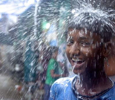 Musonul / Monsoon (2014)