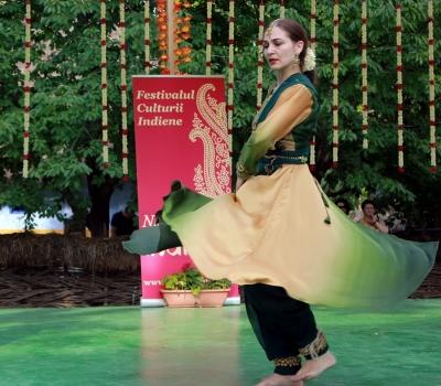 "Spectacol de dans clasic indian ""SHIVA RABINDRA"" – Kathak"