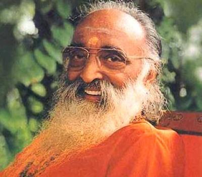 """Lansare de carte: """"Descoperirea de sine"""" de Swami Chinmayananda"""