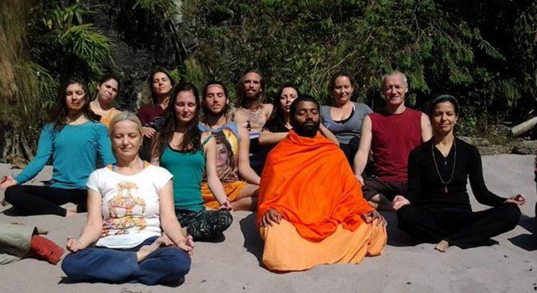 Deschide-ți inima! Curs de Hatha Yoga