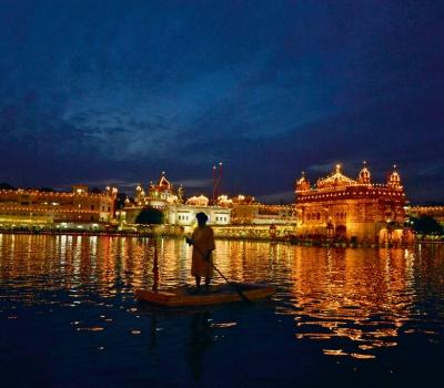 Incredible India – informații despre călătorii și turism către India
